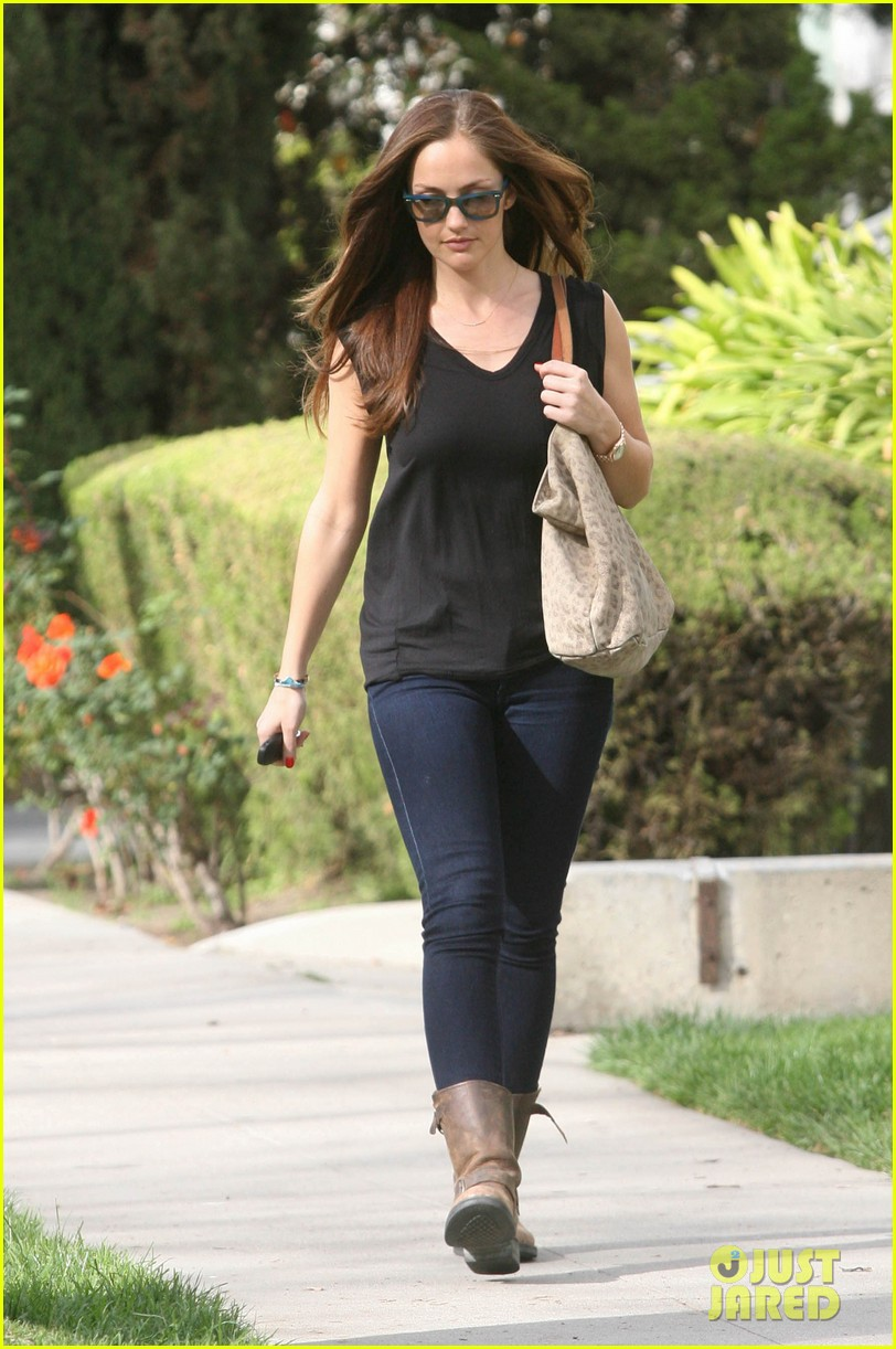 minka kelly whole foods 052636976