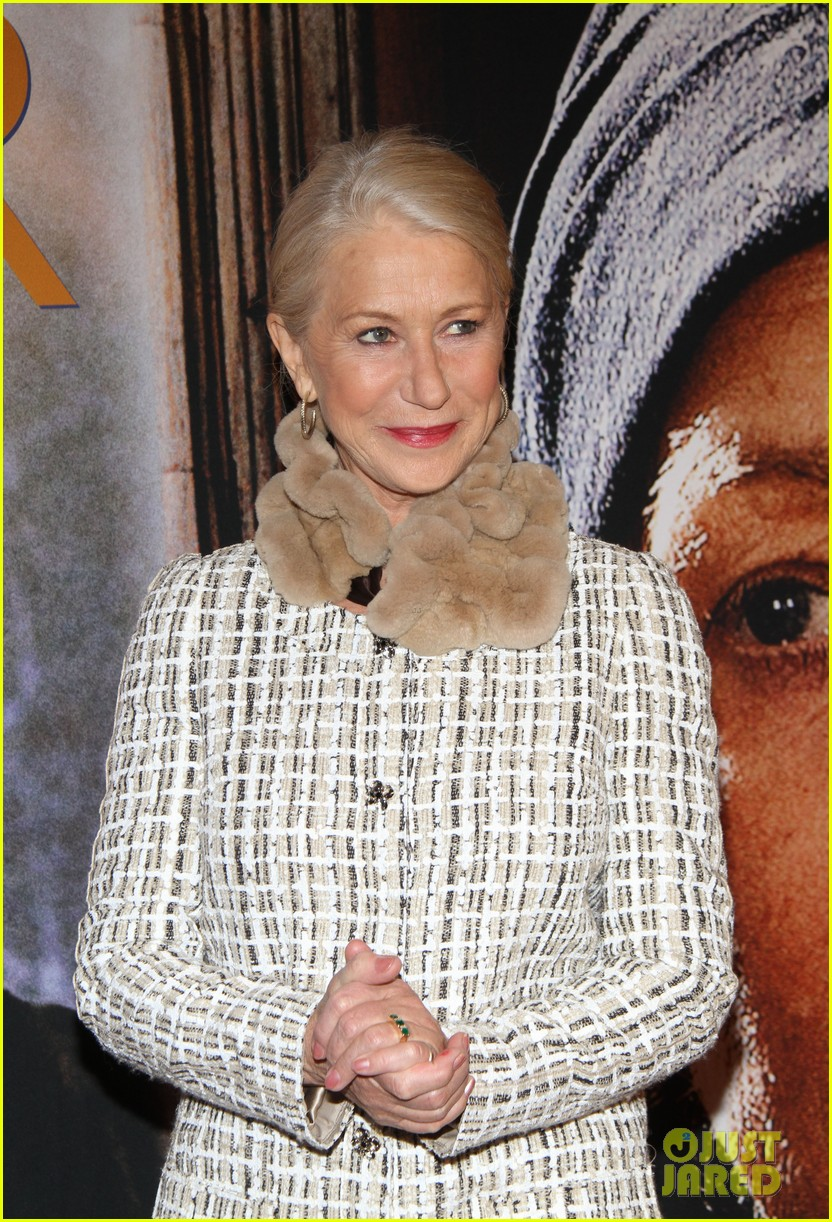 helen mirren door berlin premiere 092637640