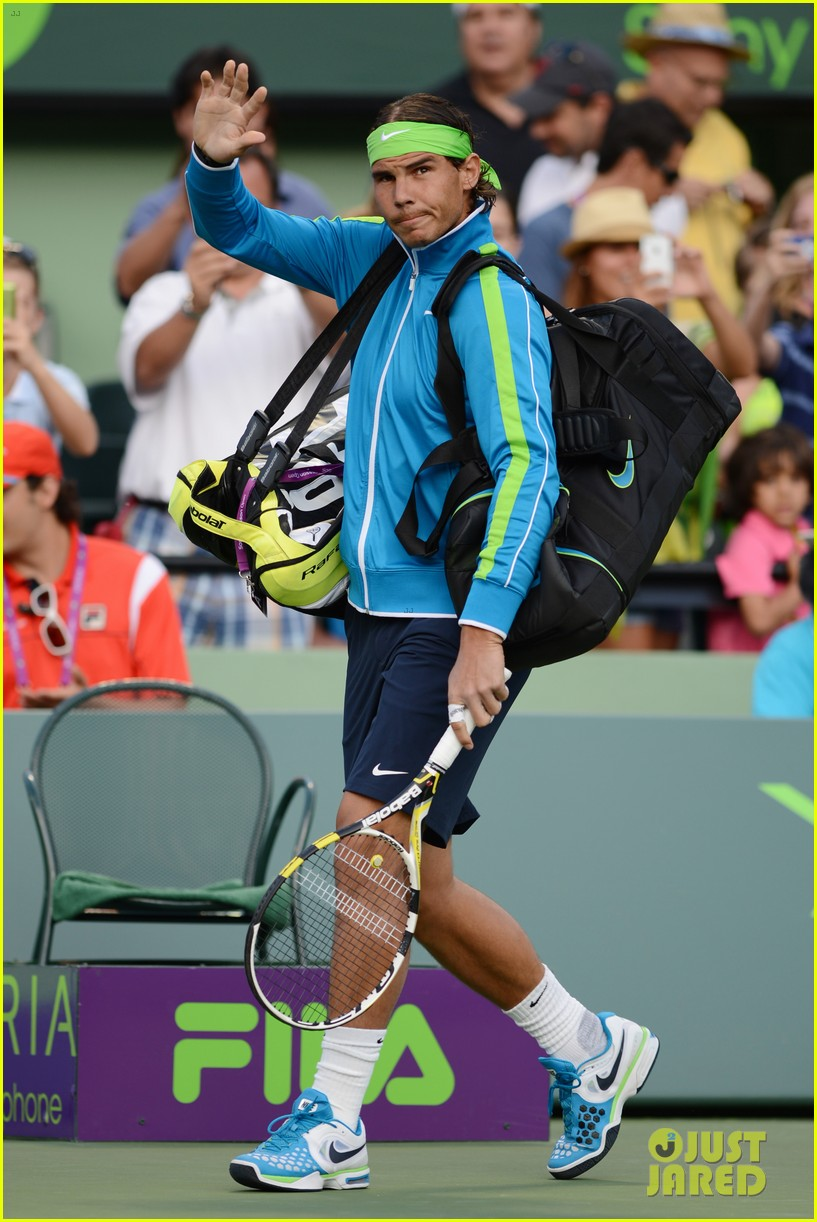 rafael nadal shirtless at the sony ericsson open 032642633
