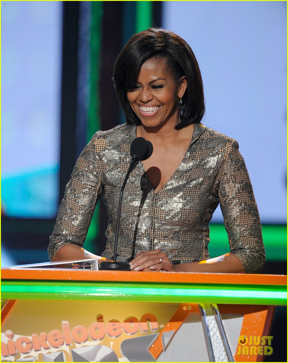 michelle obama kids choice awards with malia sasha 072644073