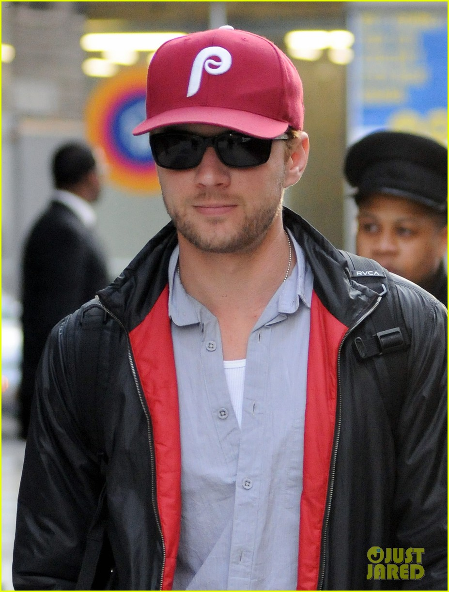 Ryan Phillippe: Phillies Fan! Ryan Phillippe