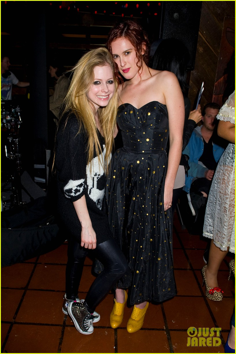 avril lavigne rumer willis just jared 30th birthday bash 04