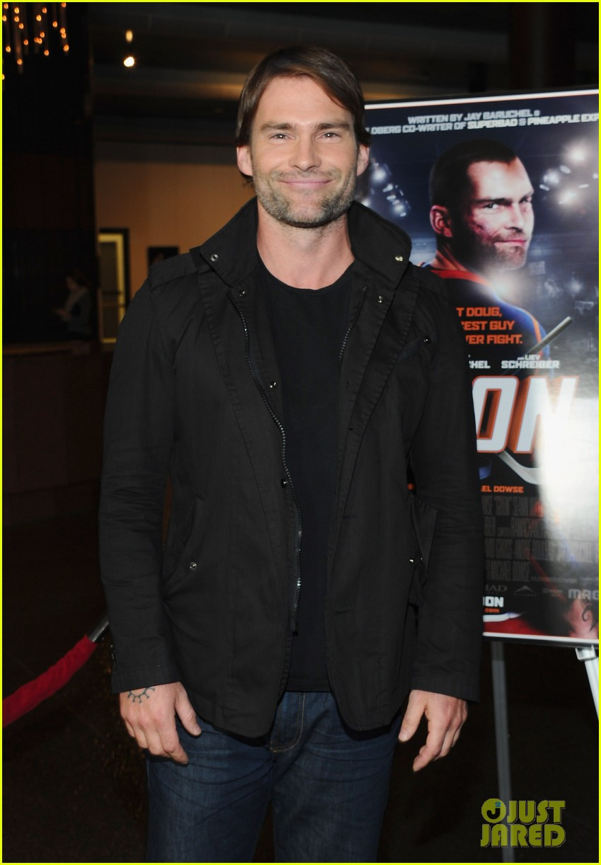 liev schreiber seann william scott goon screening 052634862