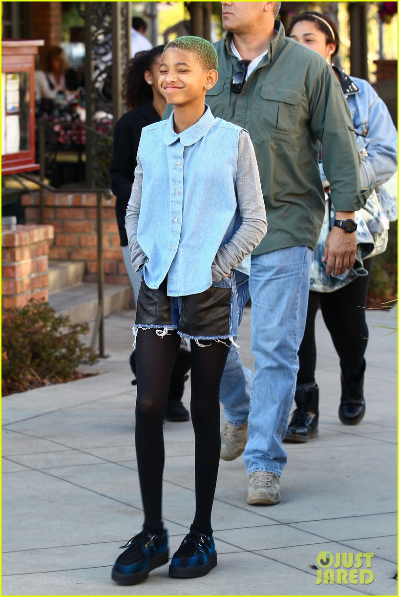 willow smith commons at calabasas trip 052640865