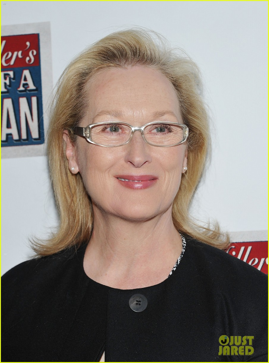 meryl streep julianne moore death salesman 05