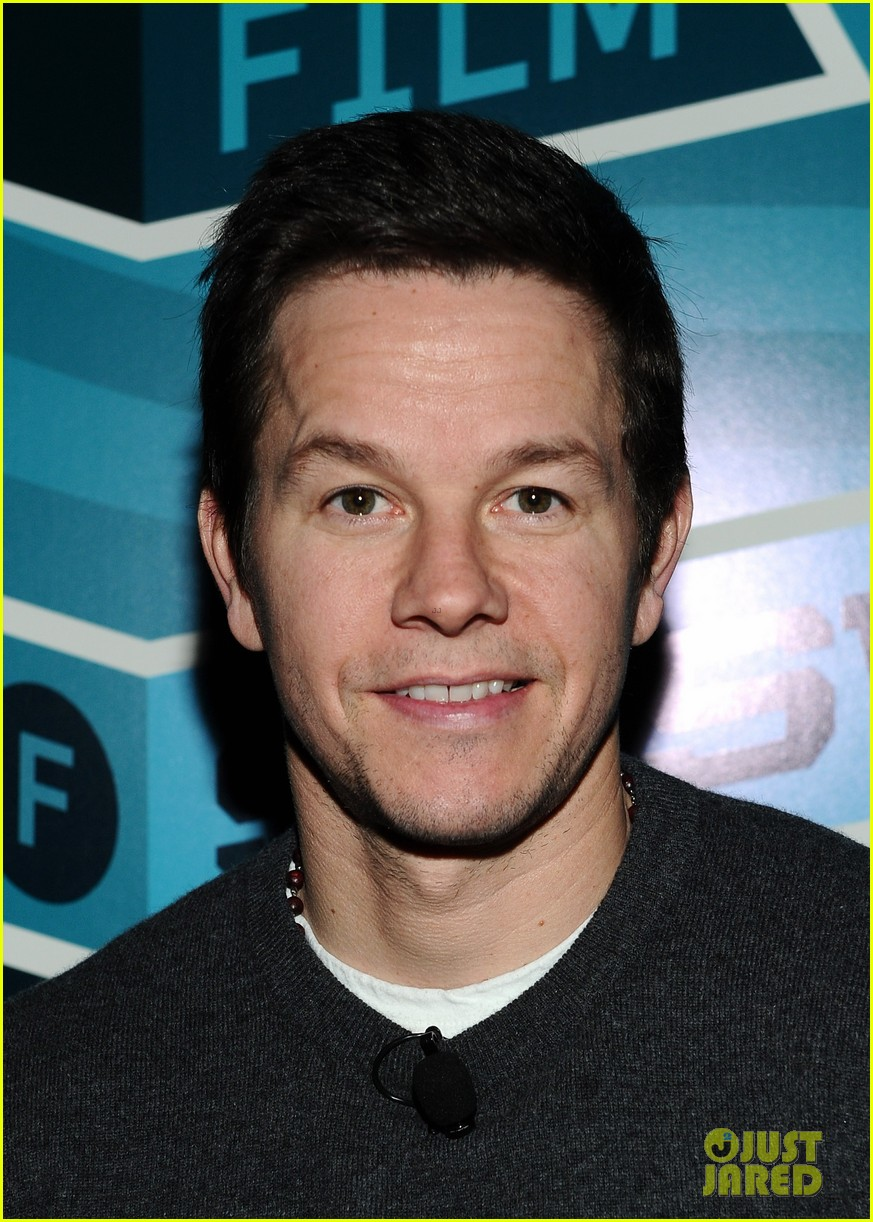 mark wahlberg a conversation with seth macfarlane 062638231