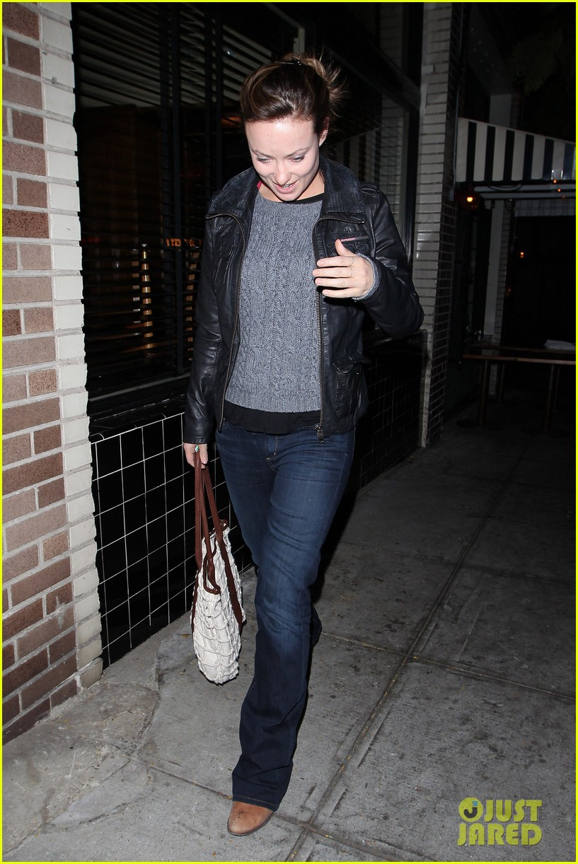 olivia wilde friend evening 012638909