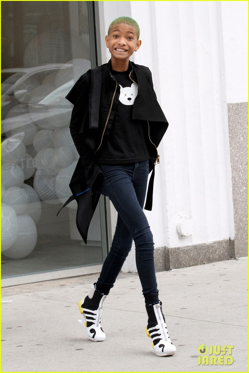 Willow Smith Heelless Booties In Nyc Photo 2639343