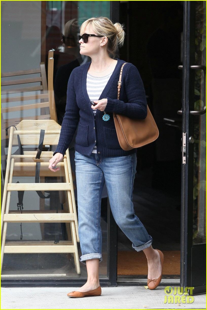 reese witherspoon le pain quotidien 012636582