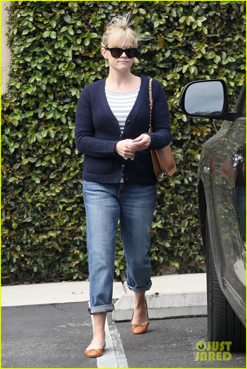reese witherspoon le pain quotidien 052636586