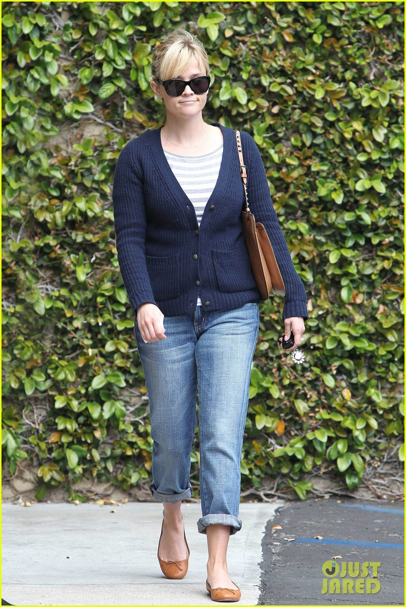 reese witherspoon le pain quotidien 072636588