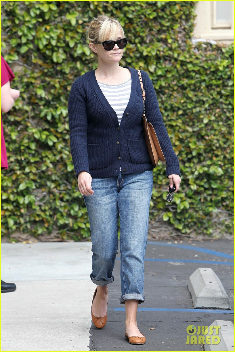 reese witherspoon le pain quotidien 082636589