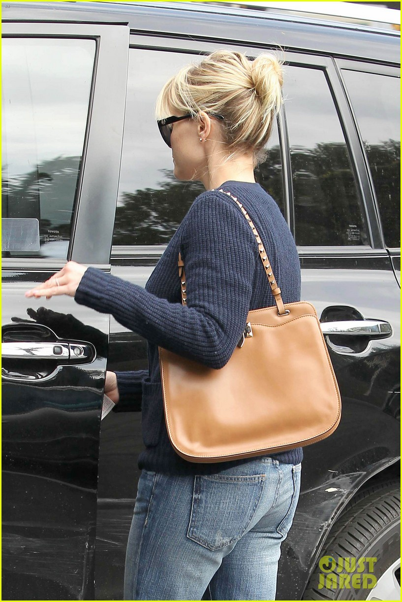 reese witherspoon le pain quotidien 092636590