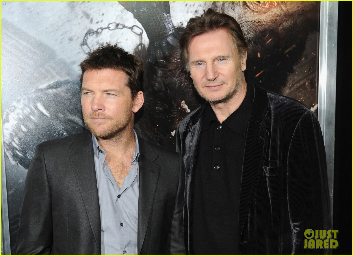 sam worthington liam neeson wrath titans premiere 07