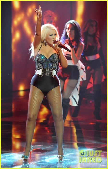 christina aguilera fighter the voice 082650045
