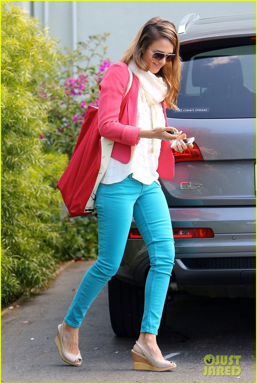 jessica alba pretty in pink 08