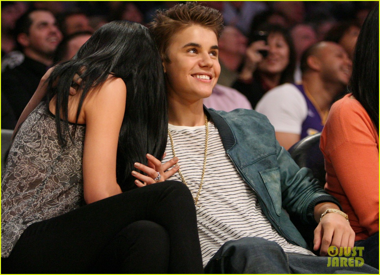 Pictures of Selena Gomez With Justin Bieber Kissing Justin Bieber Amp Selena Gomez