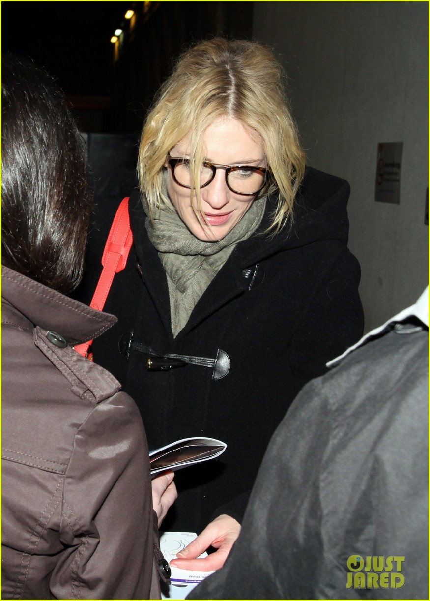 cate blanchett big and small press night with andrew upton 032649077