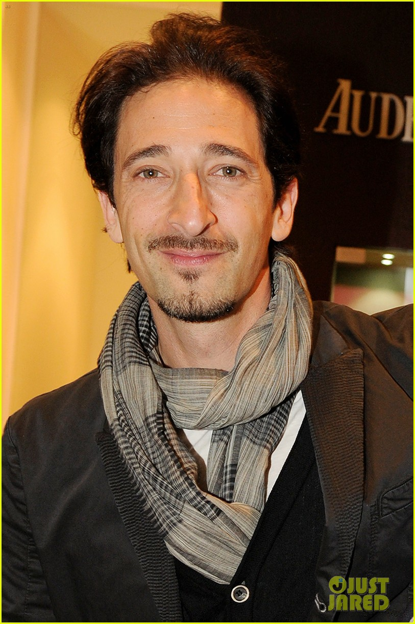 adrien brody royal oak 40 years cocktail party 05