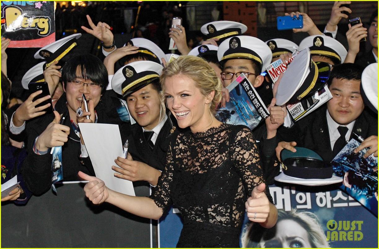 brooklyn decker battleship south korea premiere 132645428