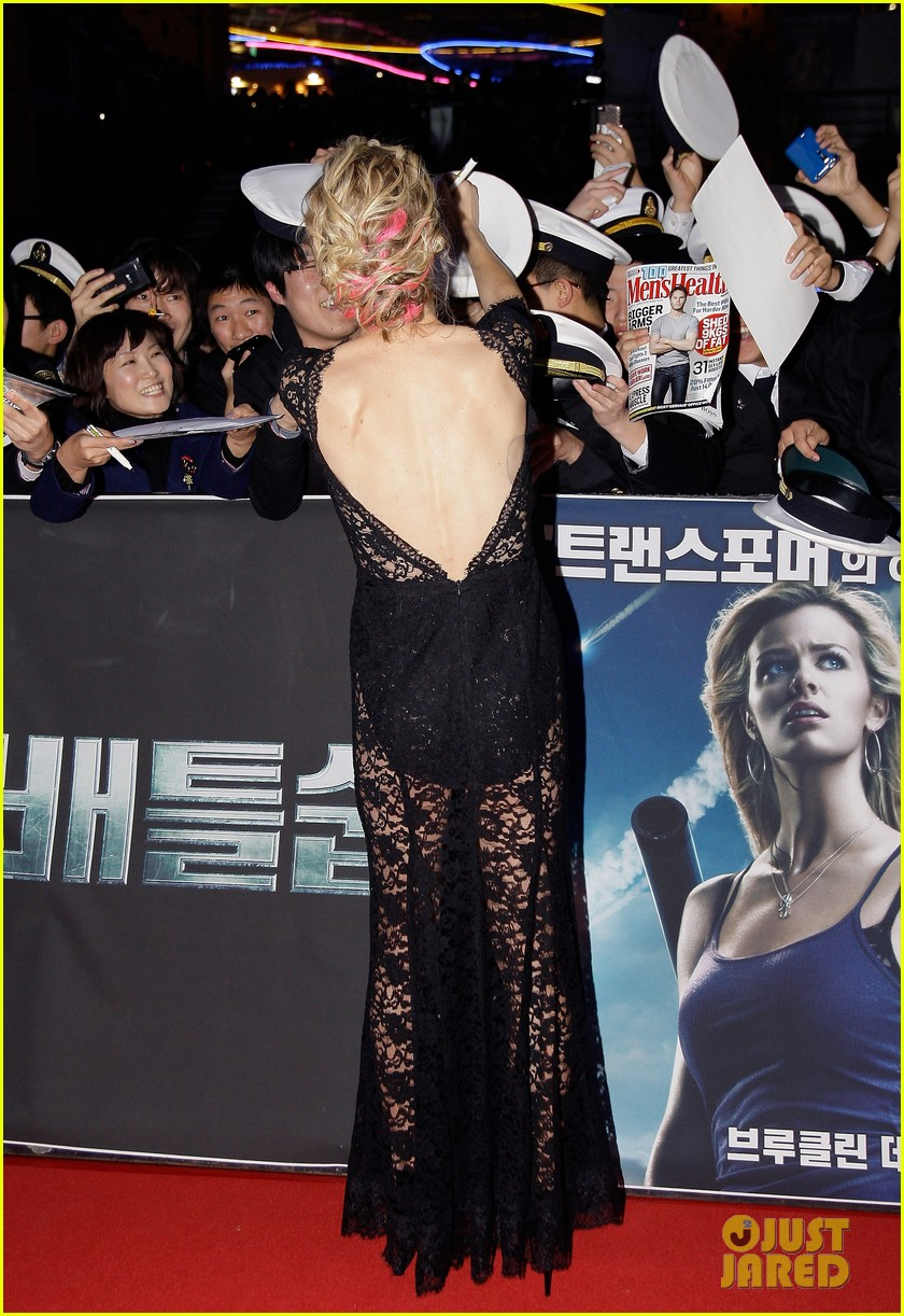 brooklyn decker battleship south korea premiere 182645433