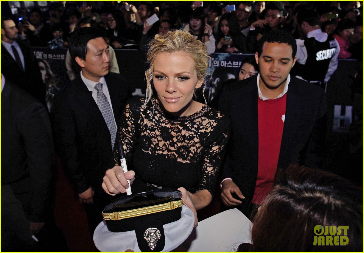 brooklyn decker battleship south korea premiere 212645436