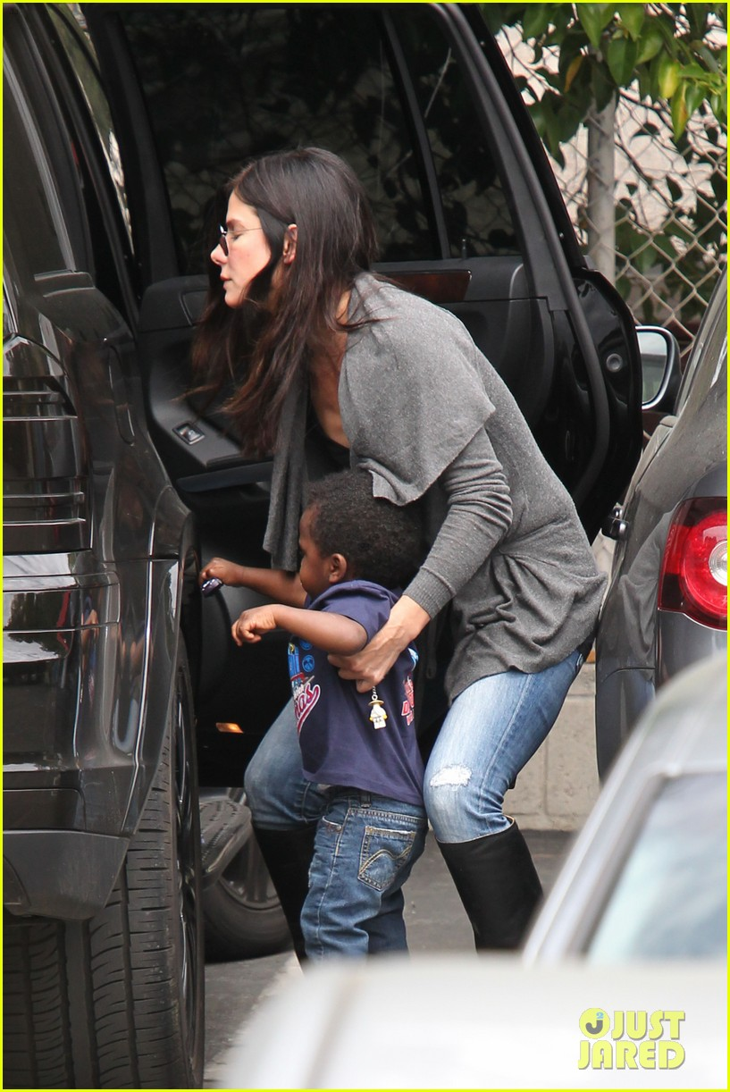 sandra bullock shopping trip with louis 052653574