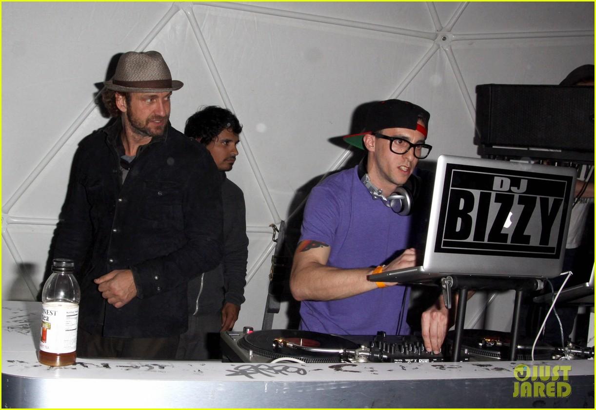 gerard butler coachella after party 042648800