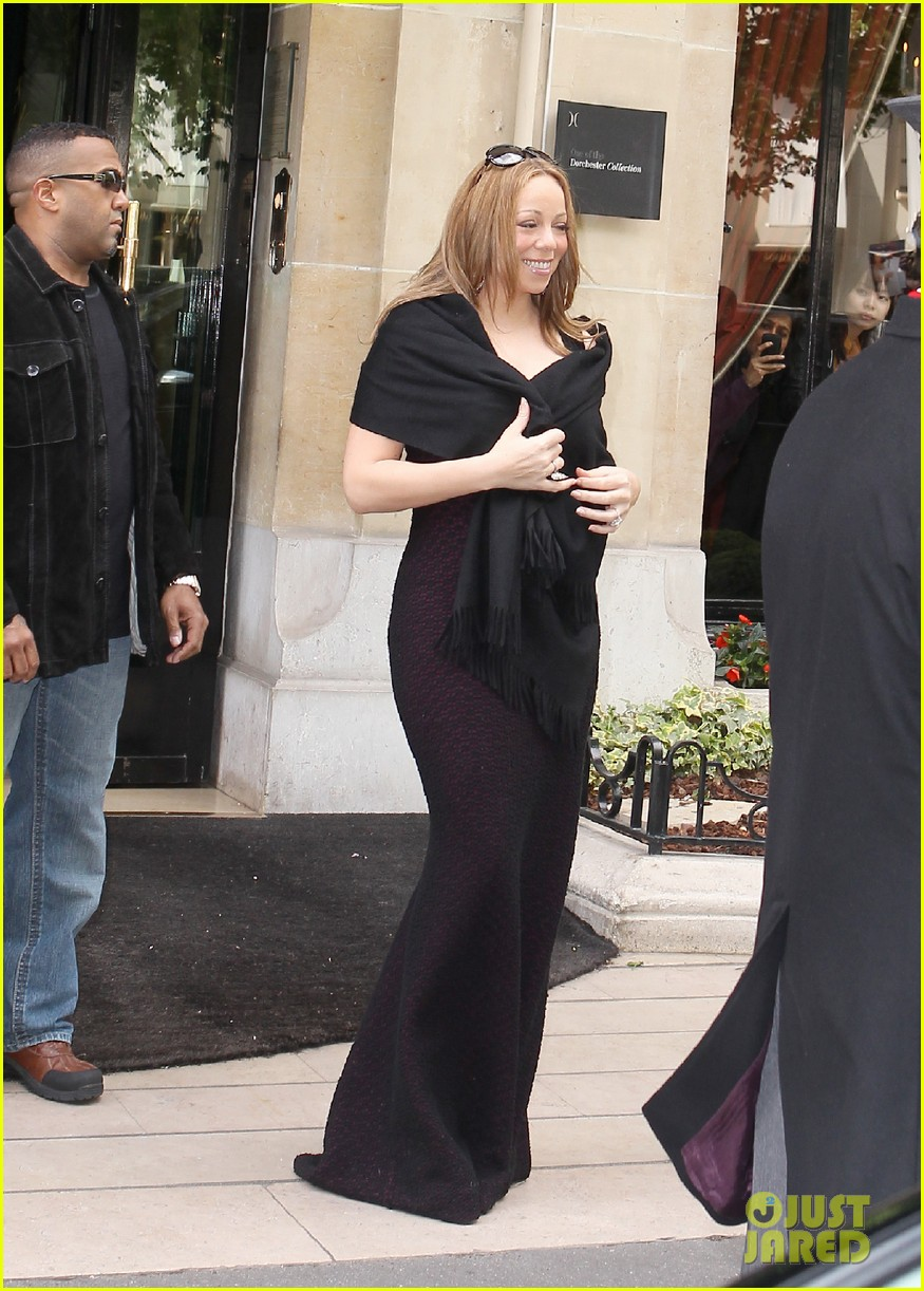 mariah nick leaving paris 212655605