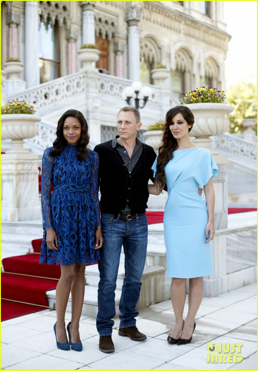 daniel craig skyfall turkey photo call 12