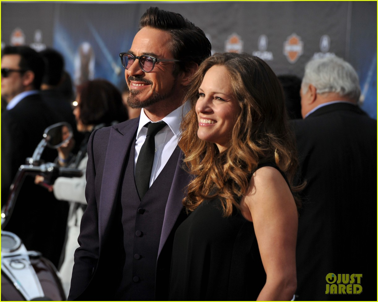 robert downey jr avengers premiere with wife susan 082647843