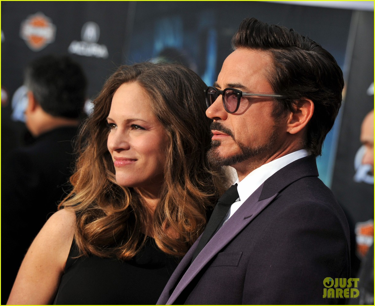 robert downey jr avengers premiere with wife susan 16