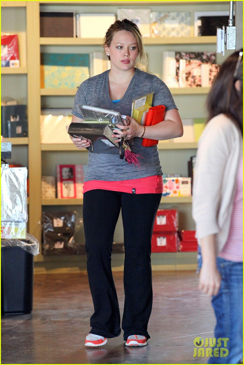 hilary duff running errands 05