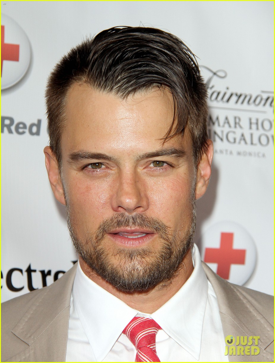 josh duhamel christa b allen red tie affair gala 072652193