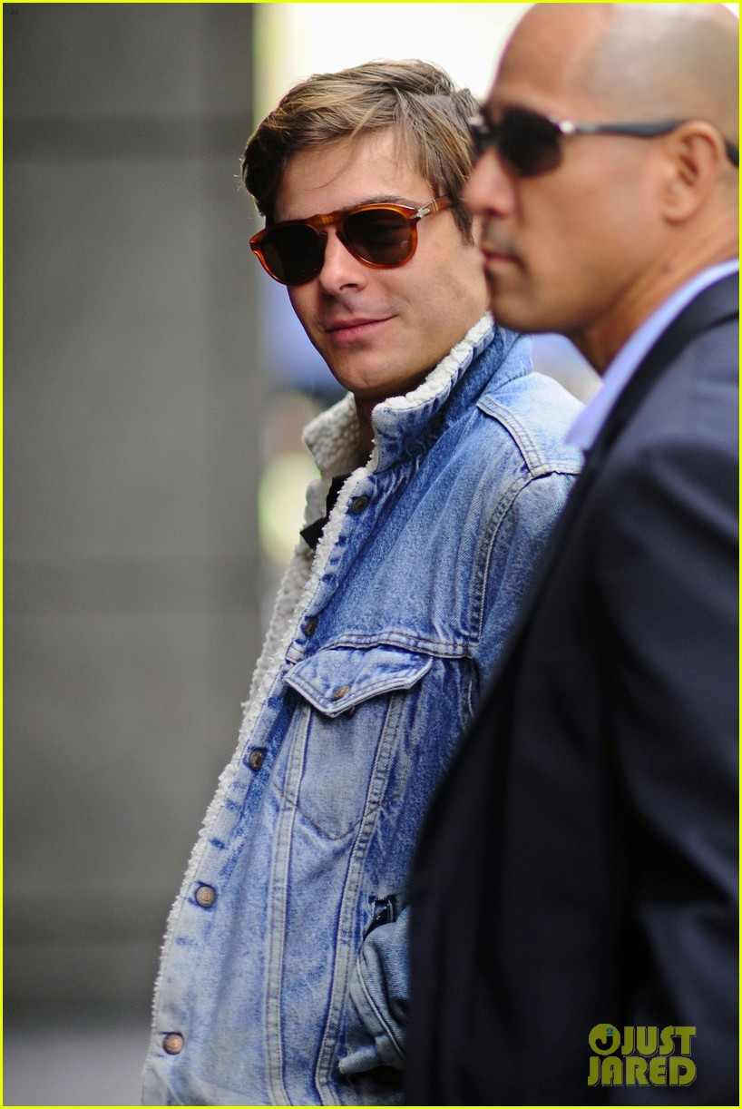 zac efron blue 05