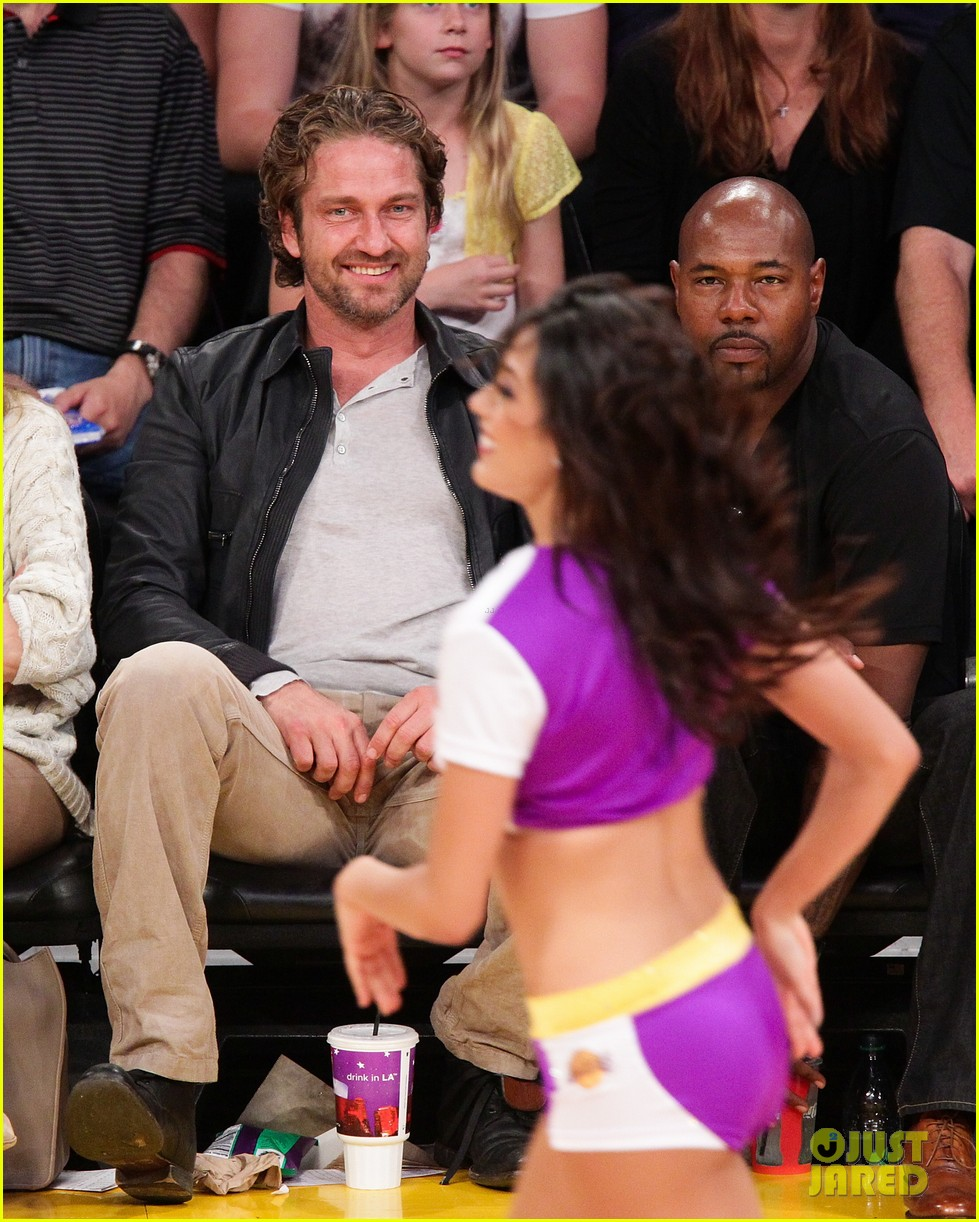 gerard butler lakers courtside 042652655