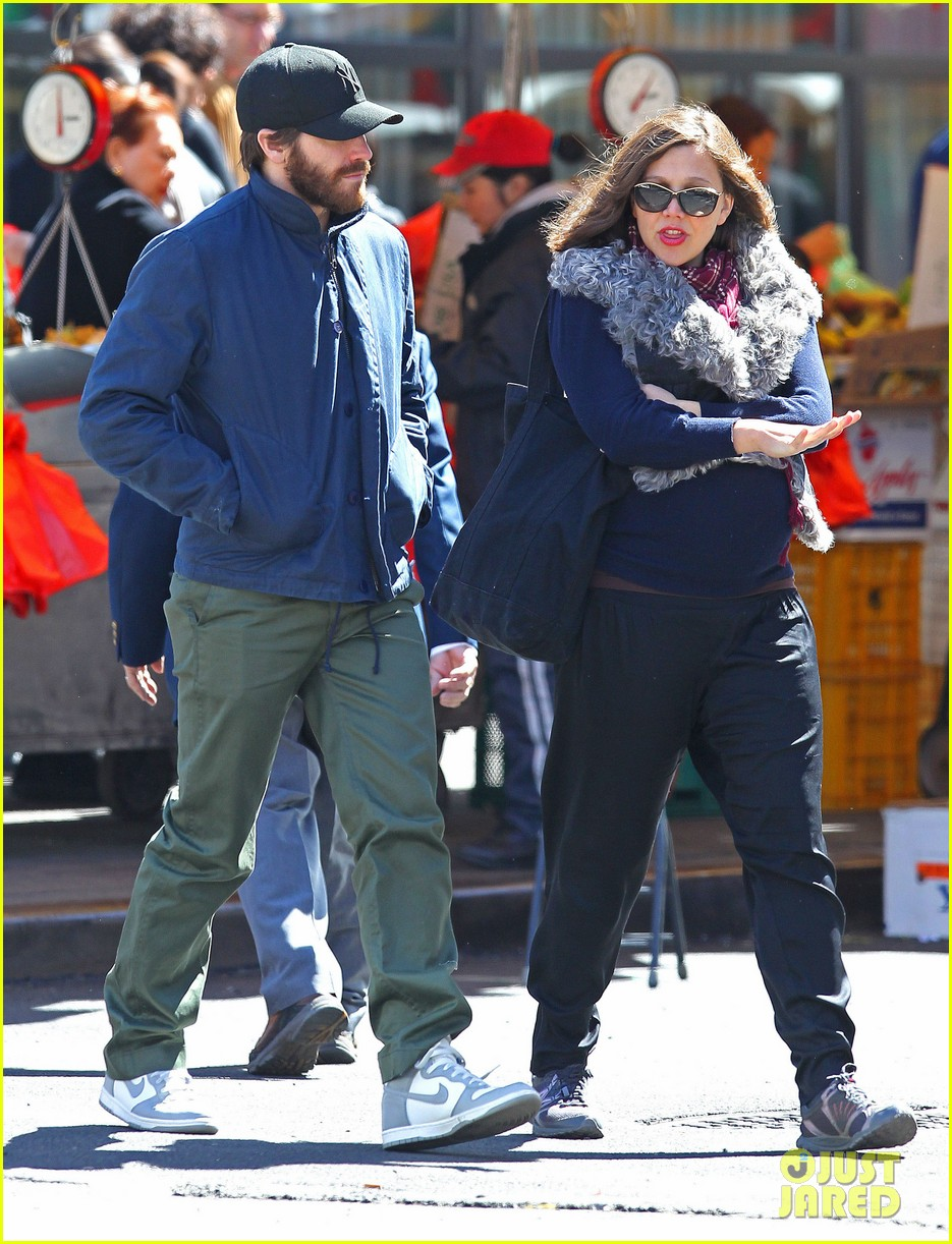 jake gyllenhaal lunch with maggie 05