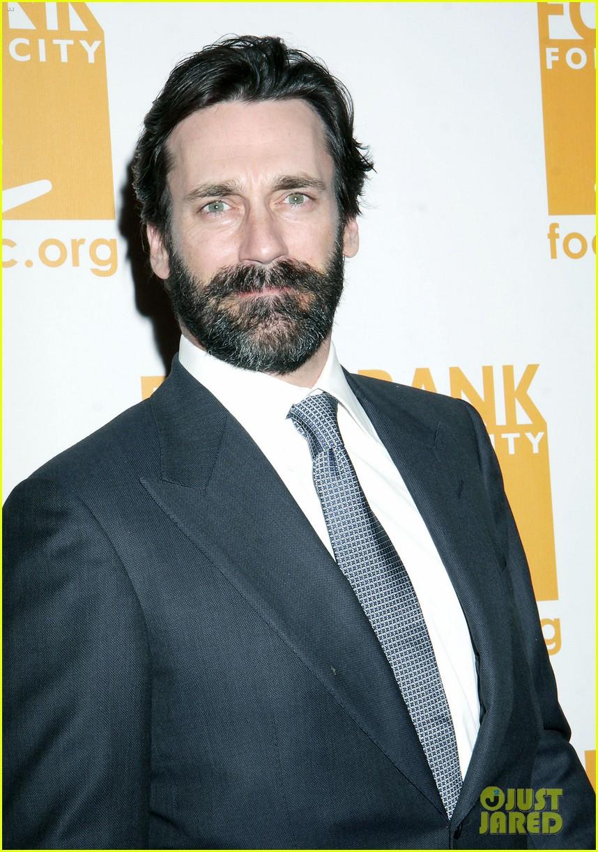jon hamm scruffy beard can do awards 052650428