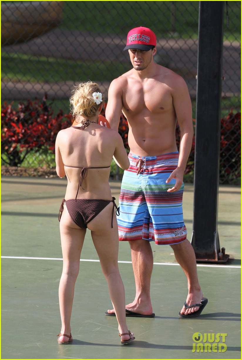 panettiere ass Hayden bikini