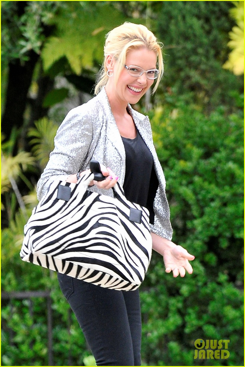 katherine heigl glasses giggles 022653615