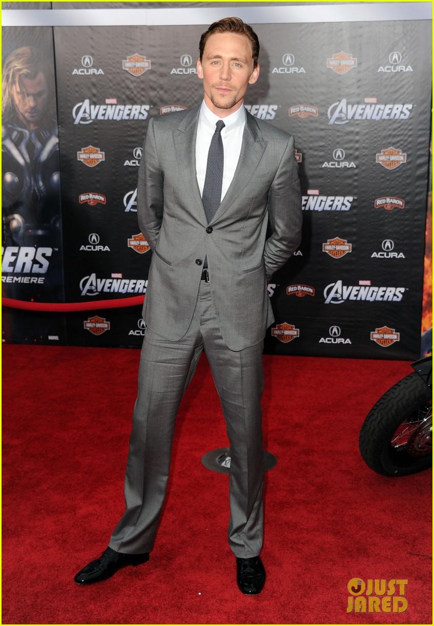 tom hiddleston cobie smulders avengers premiere 052647892