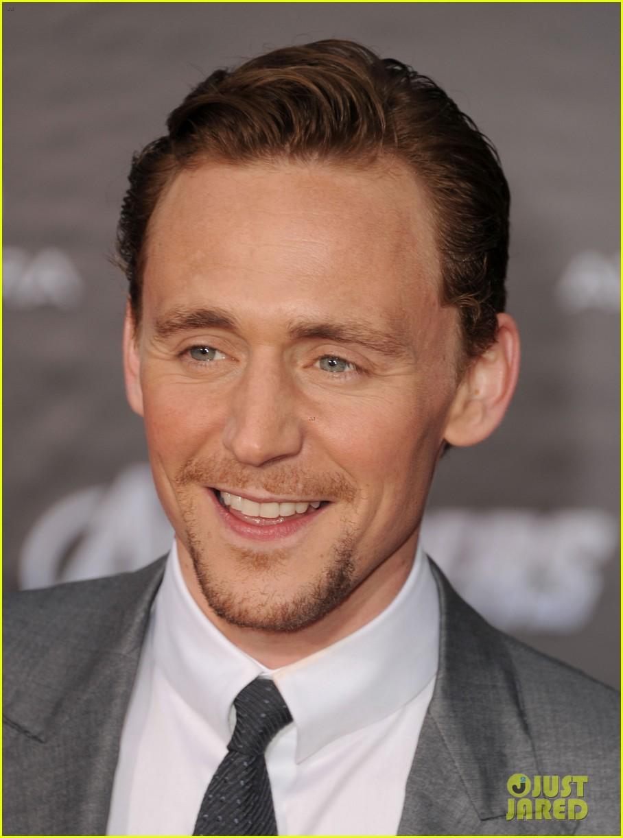 tom hiddleston cobie smulders avengers premiere 102647897