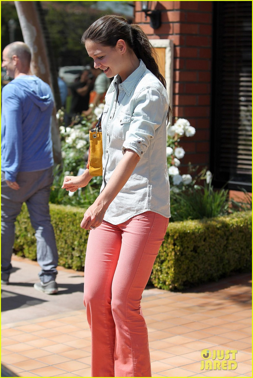 katie holmes toscana lunch 11