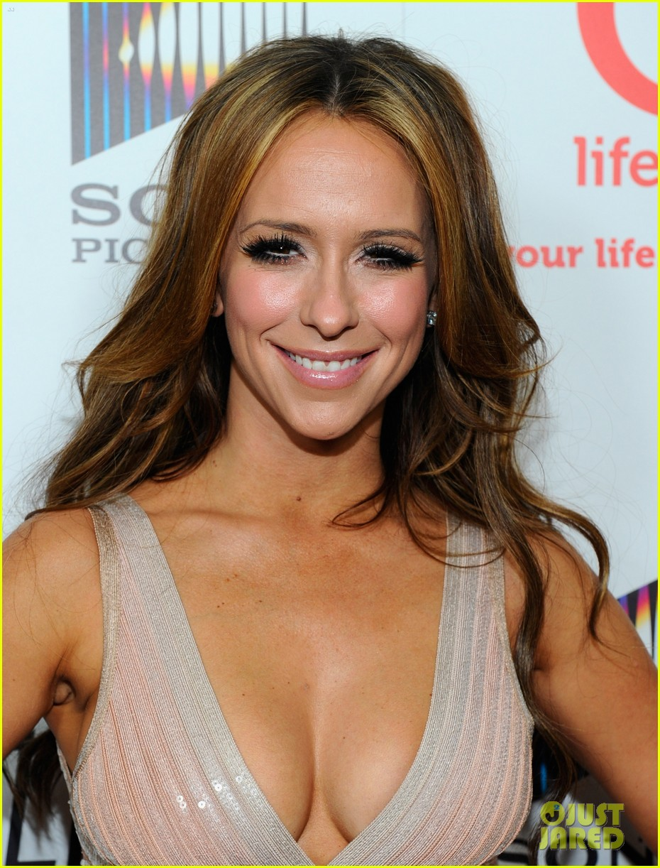 jennifer love hewitt adam levine 03