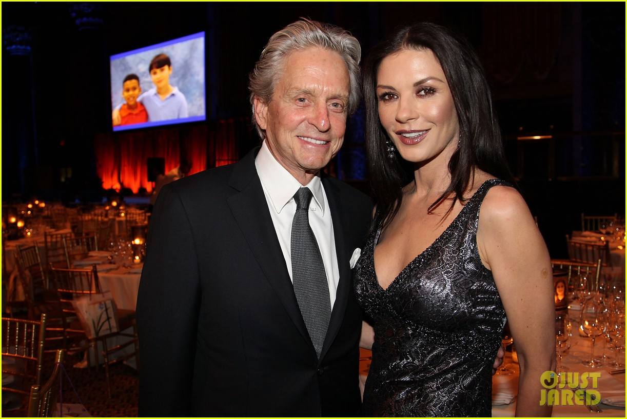 catherine zeta jones michael douglas windward benefit 012652779