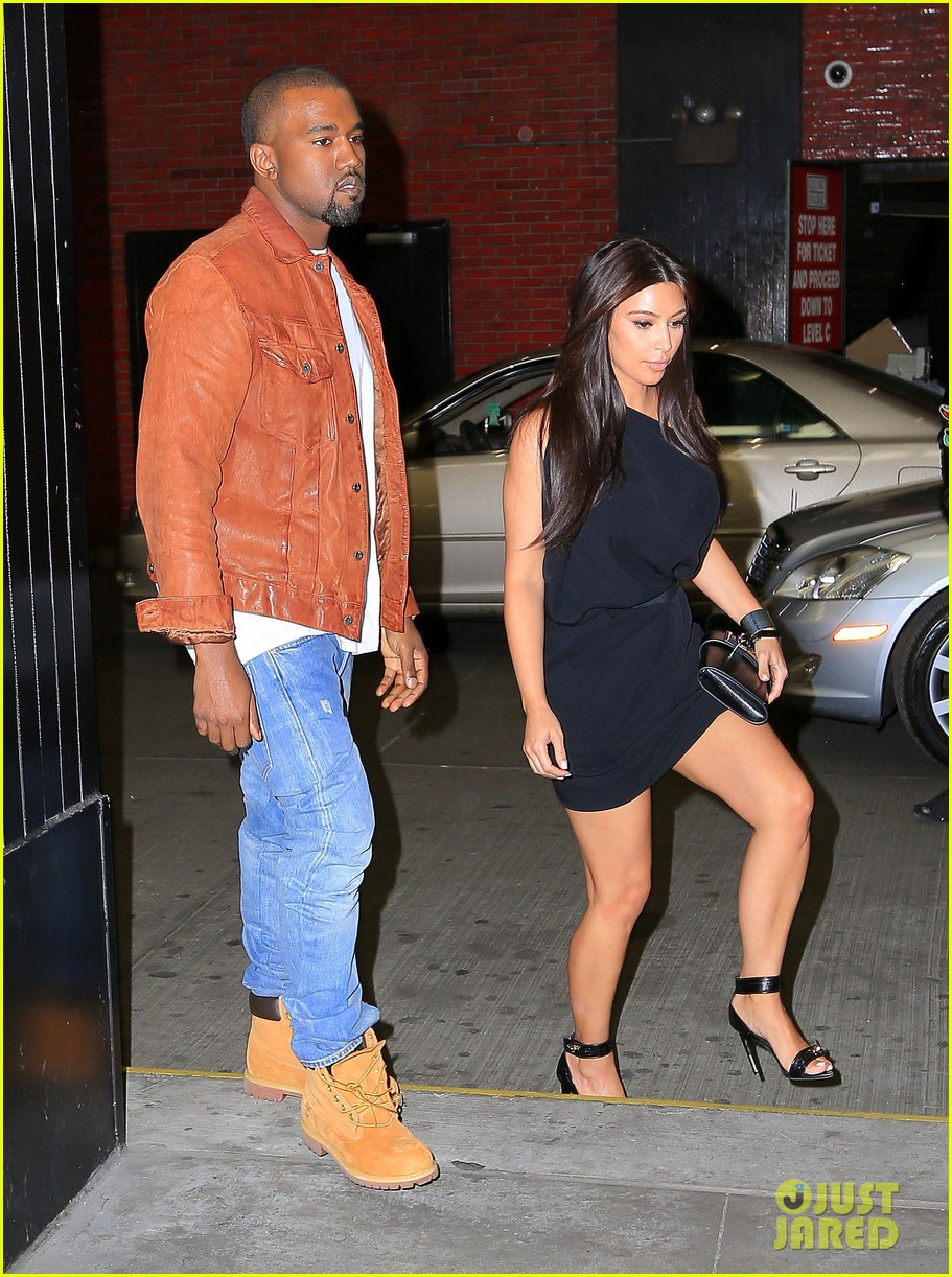 Kim kardashian and kanye west dating 2012