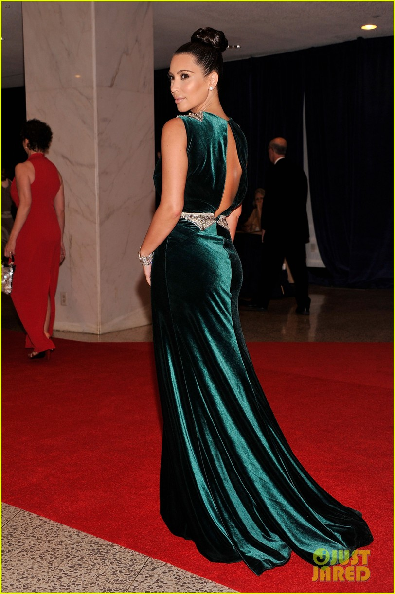 kim kardashian white house correspondents dinner 01