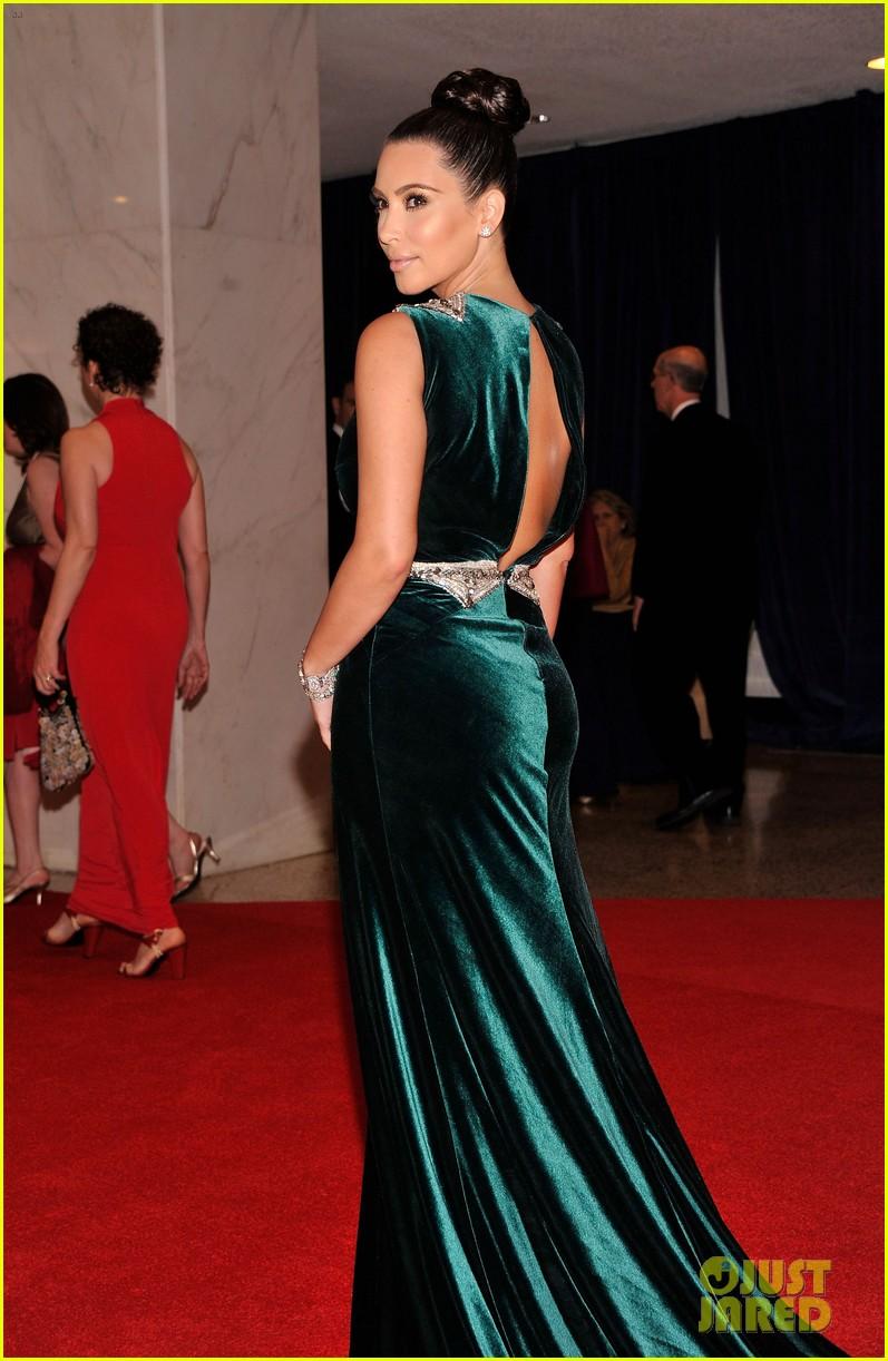 Kim Kardashian White House Correspondents Dinner 2012