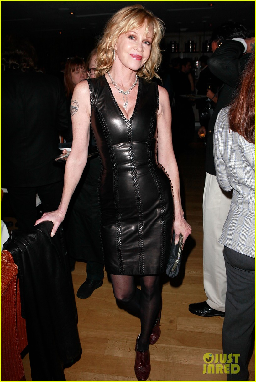 riley keough ny rescue workers event with melanie griffith 022648899