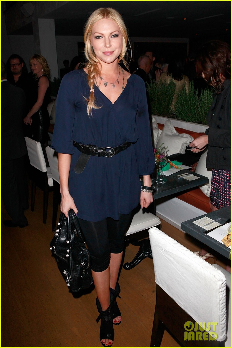riley keough ny rescue workers event with melanie griffith 052648902